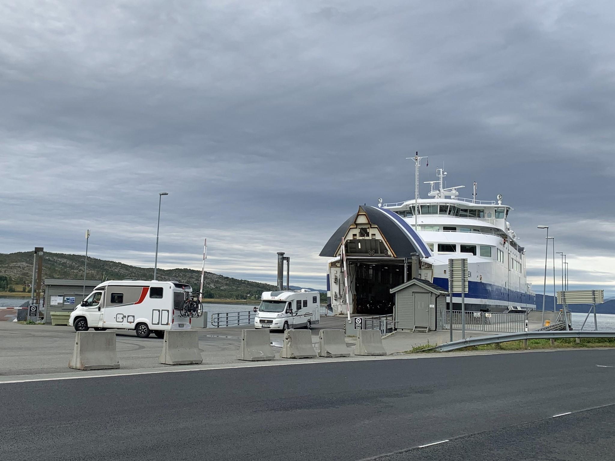 FORSINKET: Fergen mellom Bognes og Lødingen er torsdag forsinket.